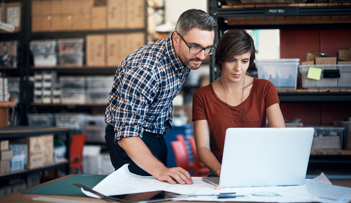 small business owners managing their invoices online